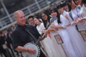 banjoman in vietnam